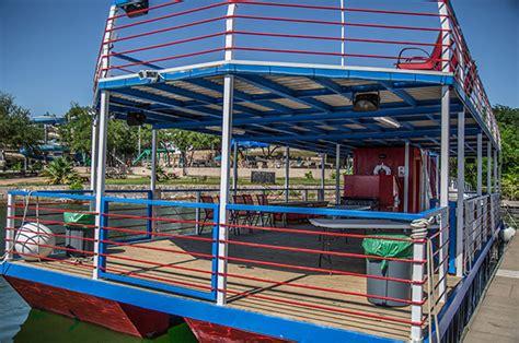 vip marina lake travis boat yacht party barge houseboat rental lake travis party boat rental party barge rental lake travis