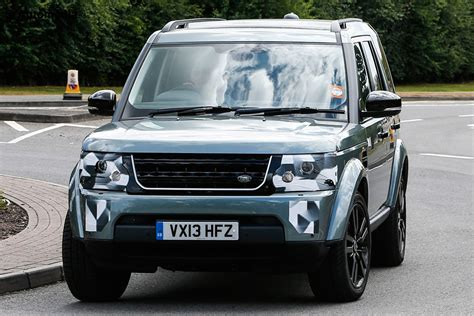 land rover british 2014 land rover discovery pictures revealed auto express