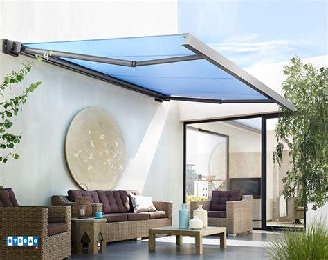 toldos para patios interiores toldo con brazo invisible para exteriores 161 prot 233 gete sol