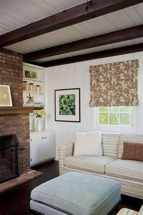Painting Wainscoting White by 25 Best Ideas About Paint Wood Paneling On