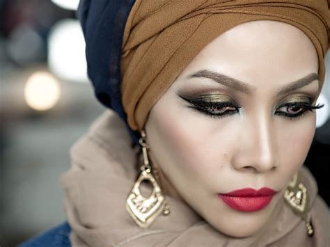 tutorial make up yatie sendayu tinggi double wing eyeliner matte lip arabic makeup inspired