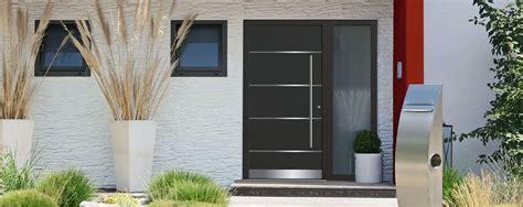 Modern House Entrance by Haust 252 Ren W 252 Rzburg G 246 Gelein