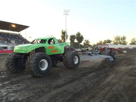 monster truck jam las monster trucks sublimity harvest festival
