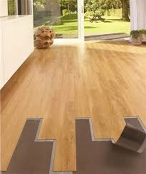 pavimenti adesivi economici come scegliere un pavimento in pvc per interni