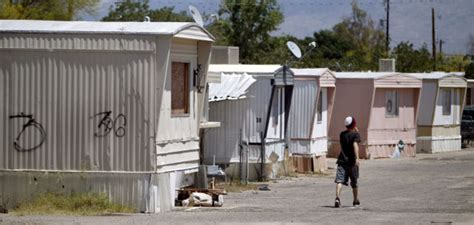 Tiny Homes For Rent Tucson S Aging Mobile Homes Better Than Nothing