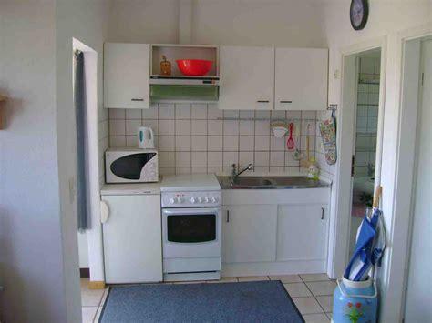 wohnung küche schlafzimmer beige rosa