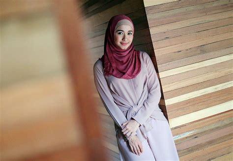tutorial berhijab buat lebaran tutorial hijab lebaran simple buat kamu yang baru belajar