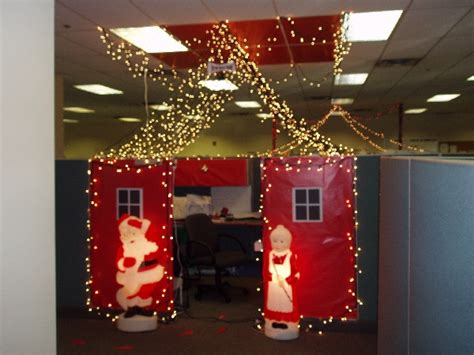 Small Desk Christmas Decorations Office Christmas Cube Decorating Ideas Decorate My