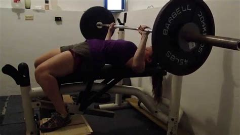 regular bench press 130lbs regular grip bench press 135lbs fail youtube