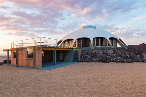 Dome Shaped House by Dome Shaped Volcano House In California Fubiz Media