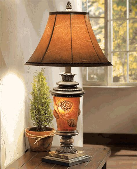 Pine Cone Glow Table Lamp
