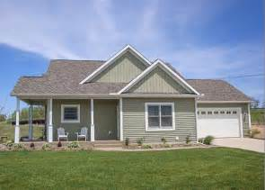 browse house small two bedroom cottage the red cottage floor plans