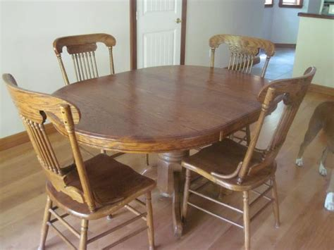 Used Kitchen Table And Chairs Oak Kitchen Table And Chairs Sooke