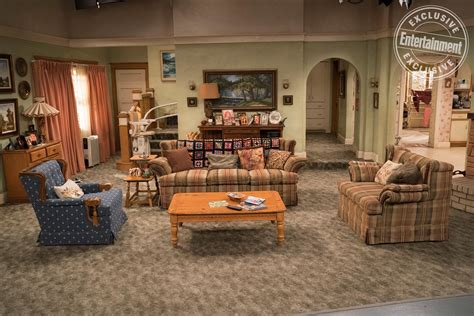 The Living Room Tv Show - roseanne how the set was recreated ew