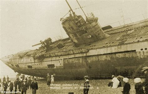 u boat number 118 haunting pictures show u boat washed onto beach after wwi