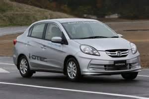 Dzire And Honda Amaze Comparison Dzire Vs Honda Amaze Car Comparisons