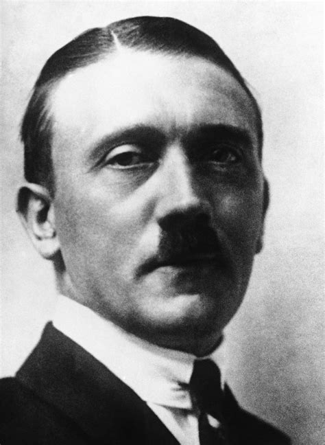 biography hitler biography review quot hitler beyond evil and tyranny
