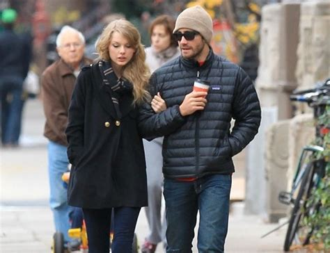taylor swift and jake gyllenhaal scarf estos son los novios famosos que ha tenido taylor swift