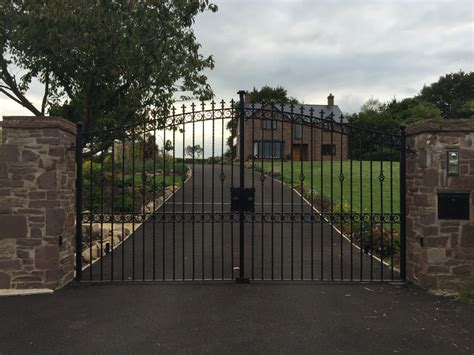 Steel Swing Gates Gdr Gates And Doors