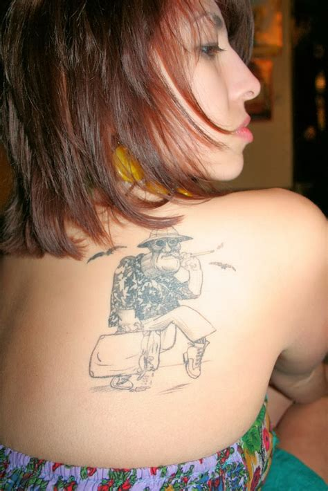 girl shoulder tattoo shoulder tattoos for