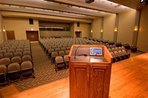 Niu Mba Hoffman Estates by Auditorium Theater Style Seats 250 Yelp