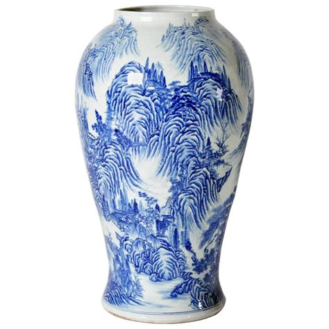 And White Vase Japanese Blue And White Vase For Sale At 1stdibs
