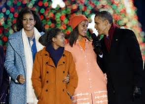 first family obama christmas 2012 obama family lights national christmas