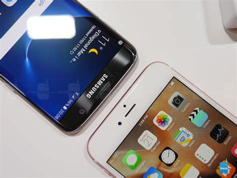 samsung galaxy s7 edge vs apple iphone 6s plus look phonearena reviews