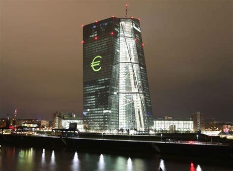 bce sede centrale la deuda de la banca espa 241 ola con el bce cay 243 un 1 5 en