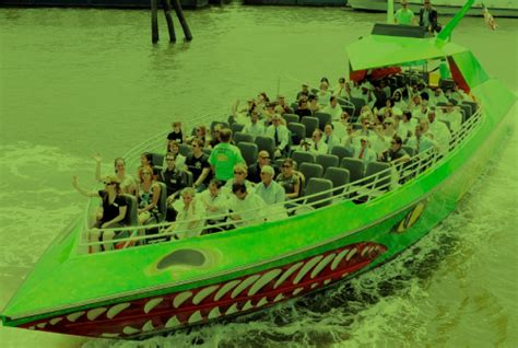 private boat ride nyc the beast speedboat ride nyc s only thrillride