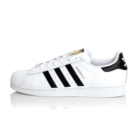 Sepatu Casual Wanita Dan Pria Murah Adidas Superstar Putih List Hitam adidas originals superstar foundation sepatu olahraga casual original c77124 elevenia
