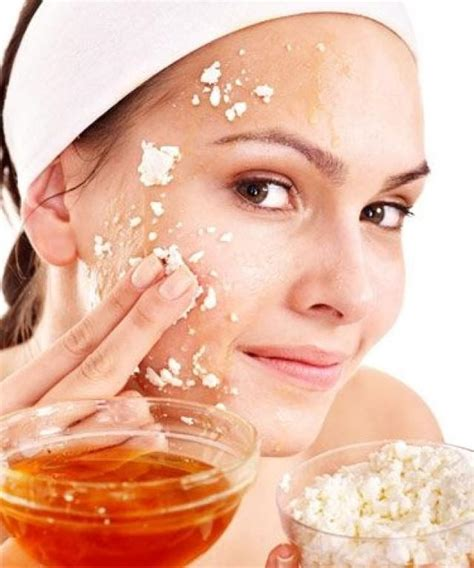 diy mask for glowing skin 5 easy masks for glowing skin 2066849 weddbook