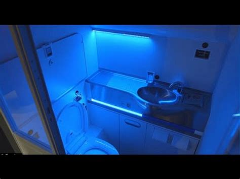 Bathroom Uv Light Boeing Unveils Self Cleaning Plane Bathroom That Uses Uv Light To Up Microbes