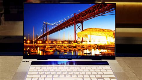 samsung oled new samsung uhd oled 15 6 inch laptop display looks awesome