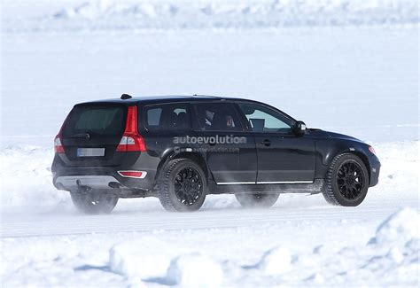 xc90 test spyshots new volvo xc90 test mule autoevolution