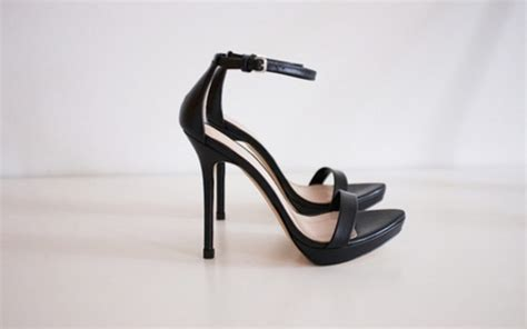simple black high heels shoes black heels wheretoget