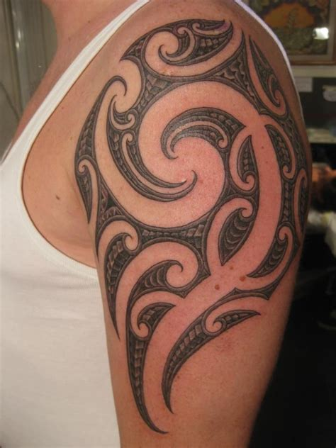 body tribal tattoo the 25 best borneo tattoos ideas on iban