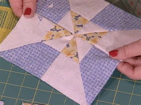 Make Pinwheel Quilt Block by 17 Best Ideas About Quilt In A Day On Scrap