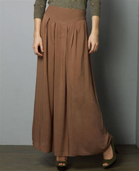 Brown Maxi brown skirt dressed up