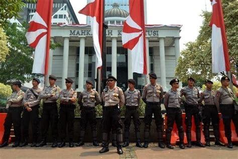 Proses Kepailitan Menurut Peraturan Pemerintah Pengganti Undang Undang satu harapan perppu pilkada langsung berpeluang ditolak mk