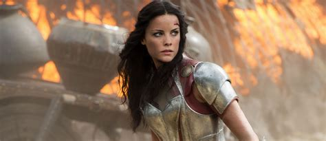 thor movie jaimie alexander lady sif to have a pivotal role in thor ragnarok