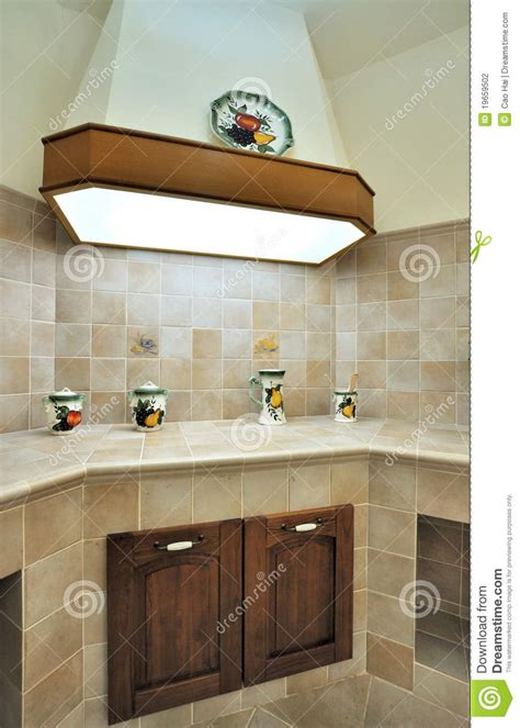 cuisine v馮騁arienne simple cozinha simples foto de stock imagem de plataforma