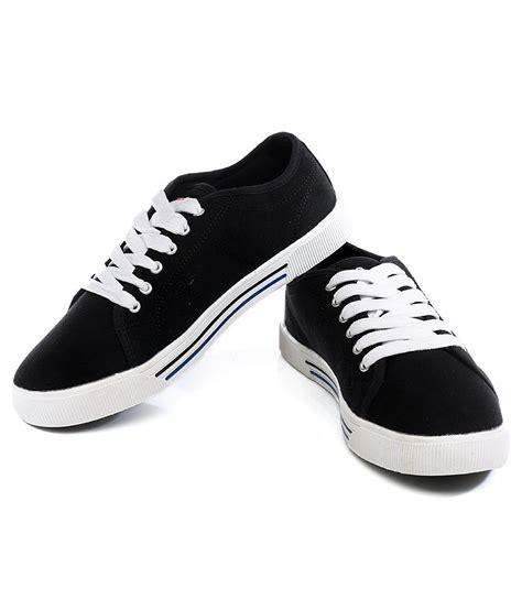 fila shoes black and white www imgkid the image