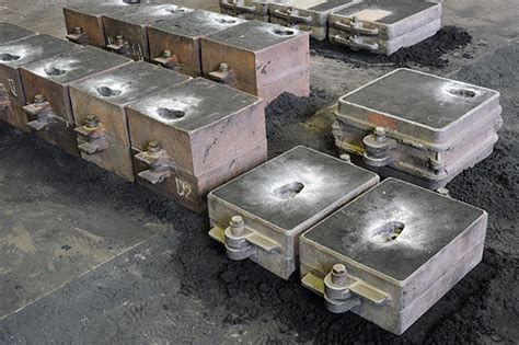 pattern making in metal casting what s the difference between investment casting and sand