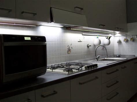 lumi鑽e de cuisine led cuisine ruban led lumenled
