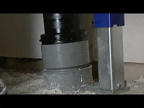 Toilet Reservoir Achter Muur by Klussenwijzer Toilet Installeren Youtube