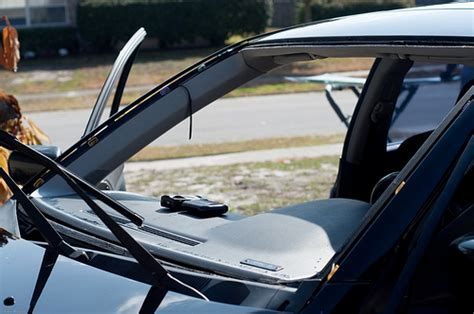 how much does a new windshield cost how much does it cost to replace a windshield cost and