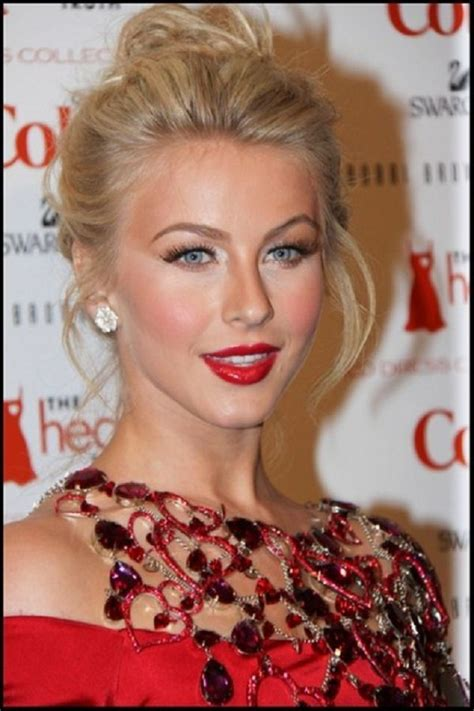 how to make your hair like julianne hough from rock of ages blonde hair high bun volume and i like hough s make up