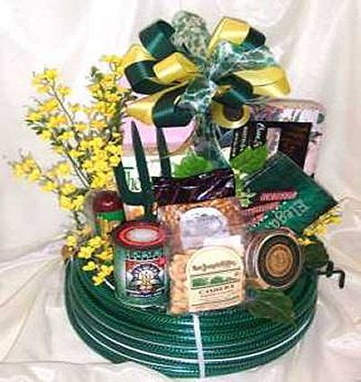 gardening gift basket ideas