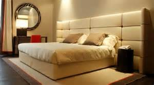 Hotel Bedroom Lighting Recessed Lighting Above Hotel Bed Decoist